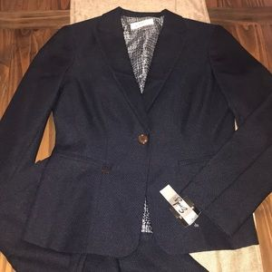❣️HP❣️NWT Emily Skirt Suit Set